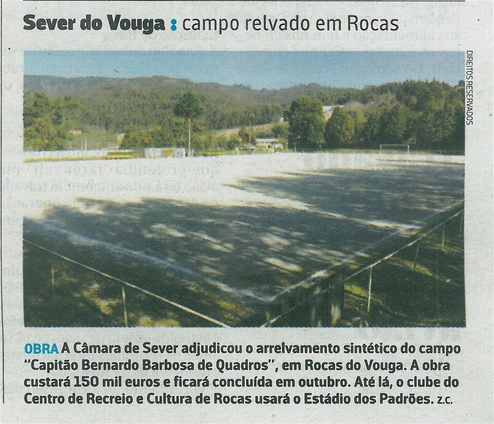JN-31jul.'17-p.25-Sever do Vouga : Campo relvado em Rocas.jpg