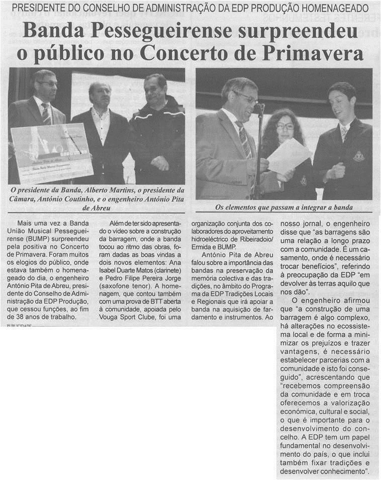 BV-1.ªmaio'15-p.4-Banda Pessegueirense surpreendeu o público no Concerto de Primavera:Presidente do Conselho de Administração da EDP Produção homenageado.jpg