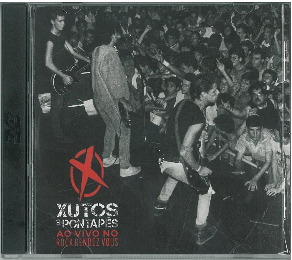 Xutos e Pontapés ao vivo_CD.jpg