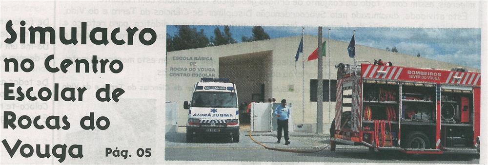 JE-jun '15-p. 1 - Simulacro no Centro Escolar de Rocas do Vouga.jpg