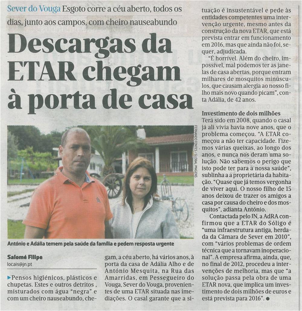 JN-27abr.'15-p.26-Descargas da ETAR chegam à porta de casa : esgoto corre a céu aberto : António e Adália temem pela saúde da família e pedem resposta urgente.jpg