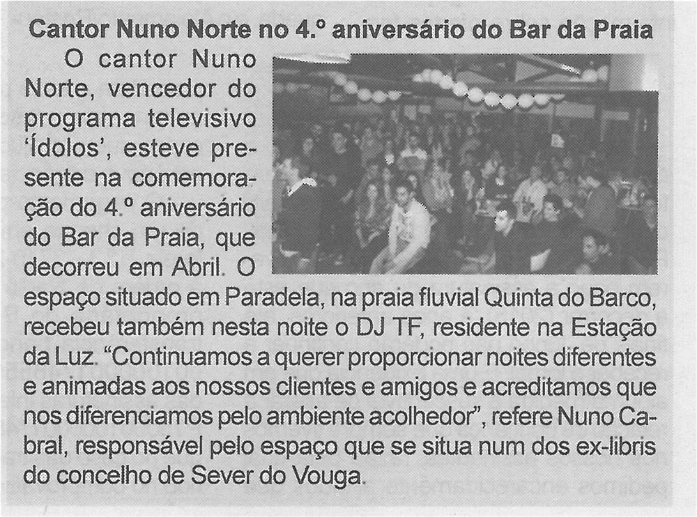 BV-1.ªmaio'15-p.4-Cantor Nuno Norte no 4.º aniversário do Bar da Praia.jpg