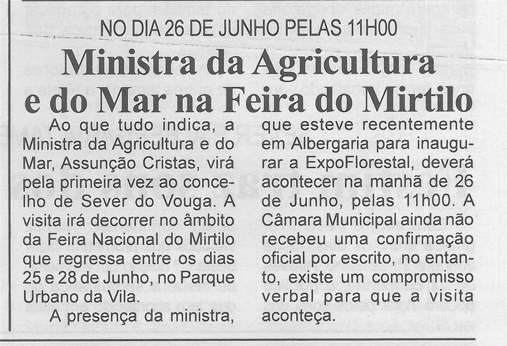 BV-2.ªmaio'15-p.5-Ministra da Agricultura e do Mar na Feira do Mirtilo.jpg