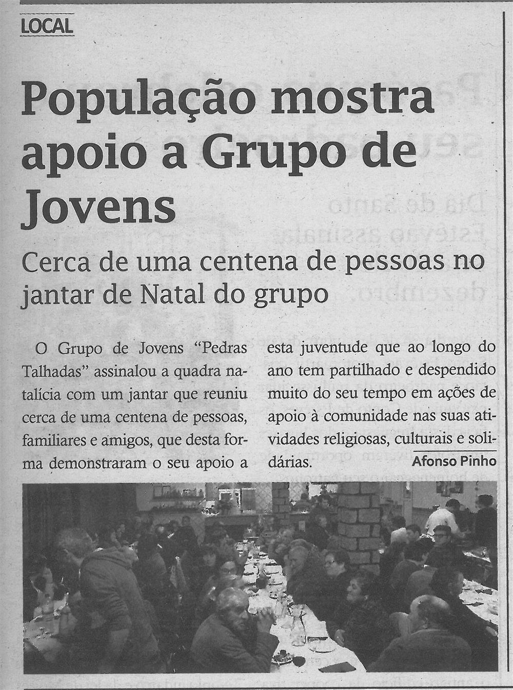 TV-jan.'18-p.11-População mostra apoio a Grupo de Jovens : cerca de uma centena de pessoas no jantar de Natal do Grupo.jpg