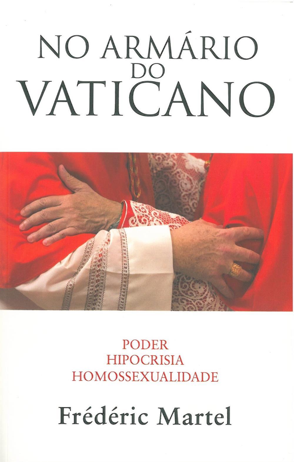 No armário do Vaticano.jpg